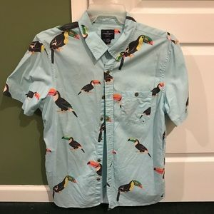 American Eagle men's casual button up. Size large.